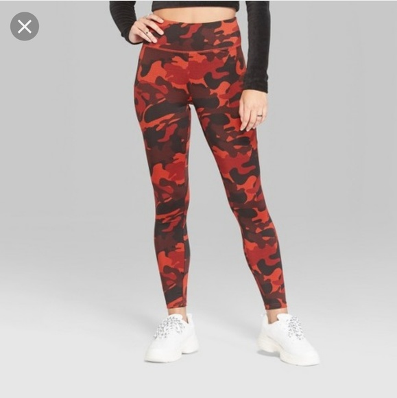 NEW Wild Fable Women/'s High Waisted Camo Print Leggings Size:XS Red